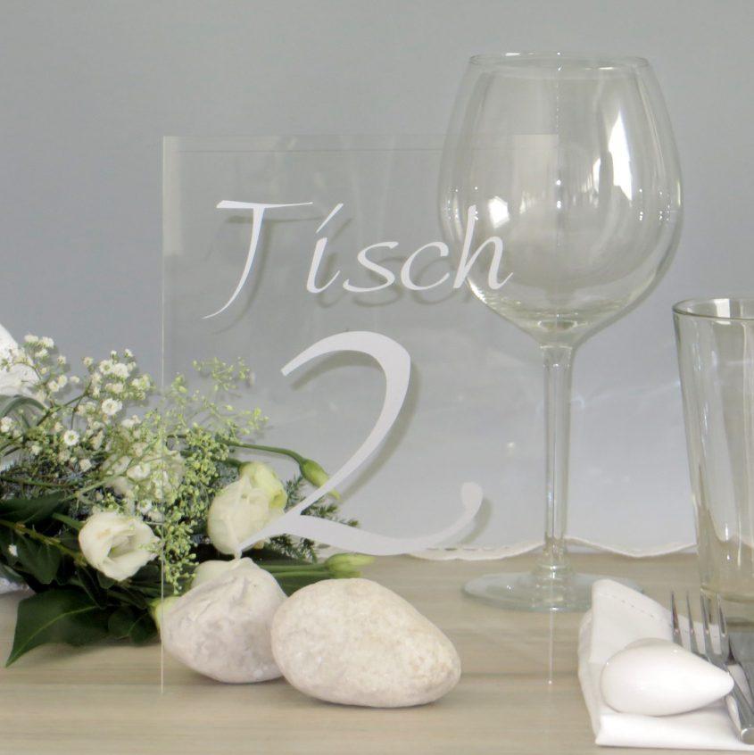 Tischnummer aus Acrylglas mit Folienbeschriftung